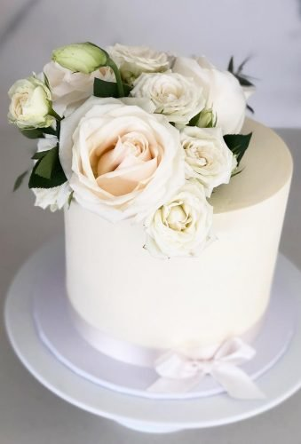 small wedding cakes tender floral cake theflowerhound