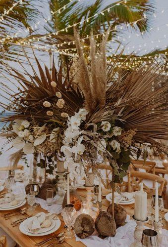 bohemian wedding ideas boho table decor chellisemichaelphotography