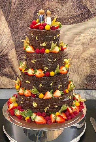 colored wedding cakes fruit chocolate cake lepapillonpatisserie