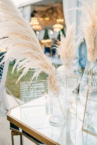 pampas grass wedding decor in bottle Imaj Gallery