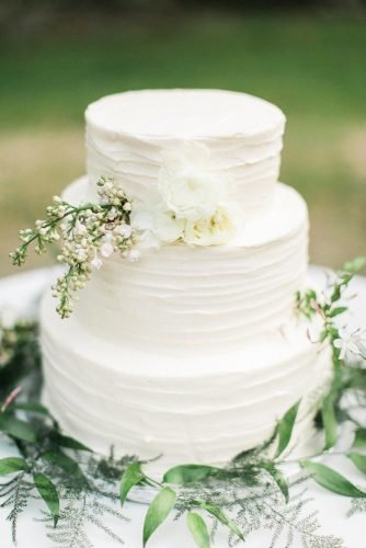 simple elegant chic wedding cakes tender white cake The Grovers