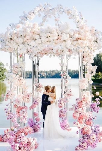 wedding arch decoration ideas kiss under pink floral arch juliakaptelova photography