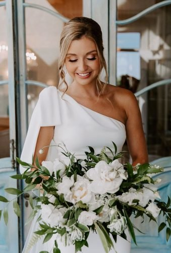 white wedding bouquets inspiration tender white bouquet lahzehphotography