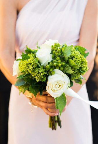 green wedding florals bouquet with white rose pamelajusinostudios