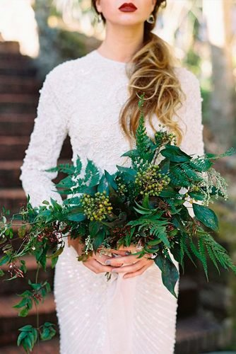green wedding florals dark green bouquet Magnolia Rouge