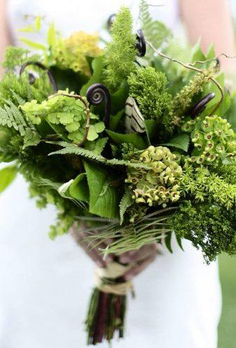 green wedding florals grenery bouquet eleisetheuerphoto