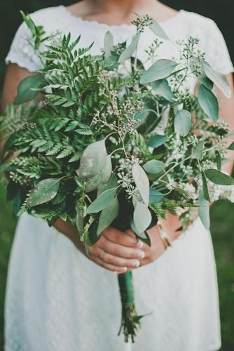 green wedding florals tender green bouquet Justine Montigny
