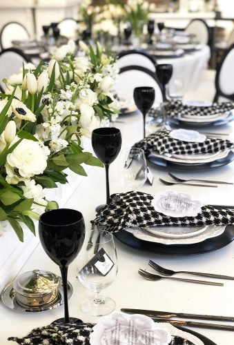 modern wedding decor black-glass rachelaclingen