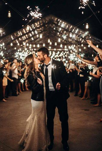wedding light ideas kiss with sparklers lizakirkphotography