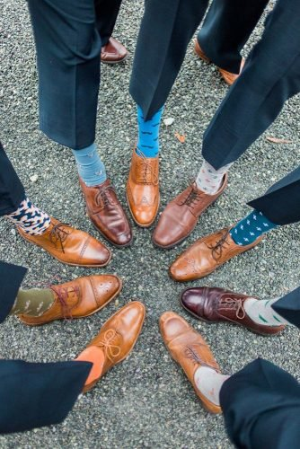 wedding party pictures groomsmen socks fun photo idea live view studios