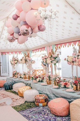 wedding trends 2020 playful pastel reception under the tent decorated with balloons socaleventplanners