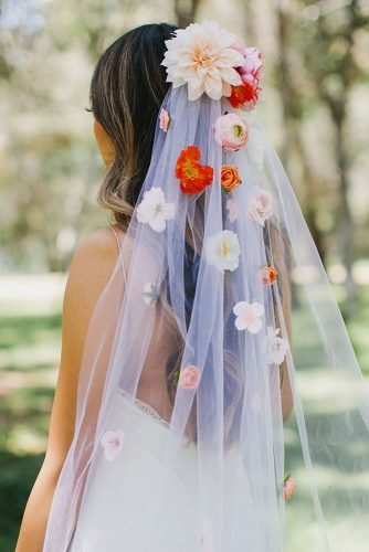 wedding trends 2020 simple white veil with dahlia and pastel flowers afloral