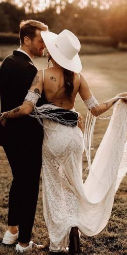country style wedding dresses sheath open back with spaghetti straps for beach ruedeseinebridal