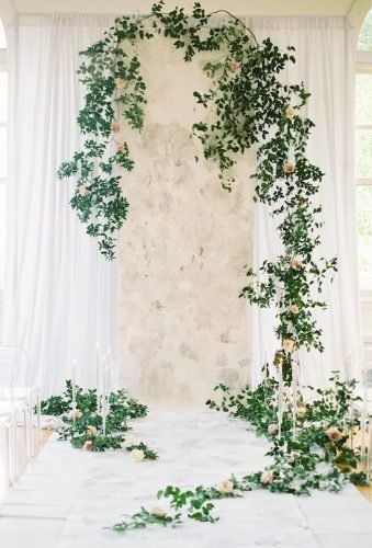 greenery wedding decor modern ceremony decor Bonnie Sen Photography