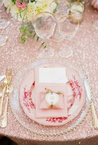 rose gold wedding decor rose gol table decor Sandra Aberg Photography