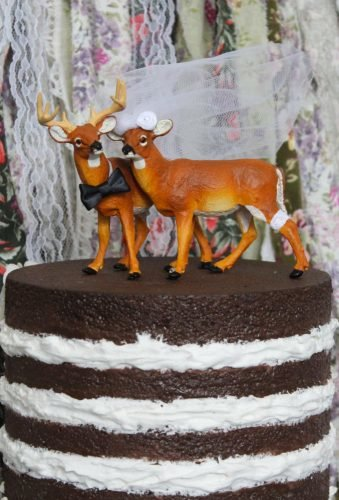 unique wedding cake toppers animal cake topper Weddingpros