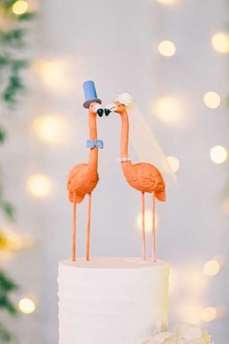 unique wedding cake toppers charmong flamingo robtarrenphoto