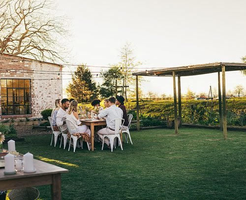 rehearsal dinner ideas backyard party