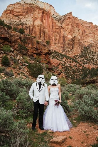 star wars wedding bride and groom in the stormtrooper masks