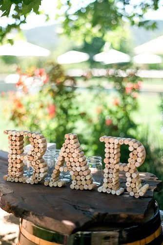 diy wedding ideas wine corks bar sign