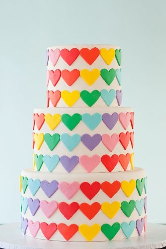 lesbian wedding ideas lgbt wedding cake rainbow hearts