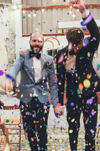 lesbian wedding ideas rainbow colored confetti