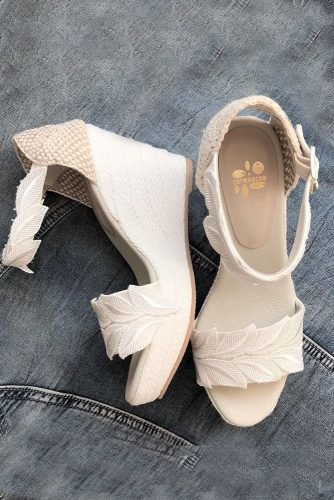 wedding shoes wedge ivory sayyestothedress
