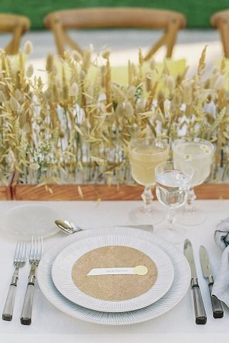 outdoor wedding ideas natural table setting with wheat