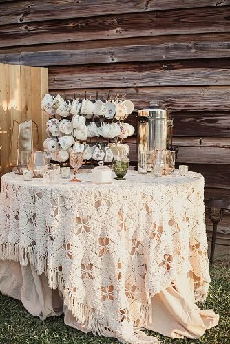 outdoor wedding ideas vintage tea table