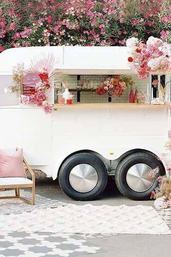 wedding ideas for summer cocktails trailer
