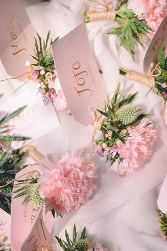 wedding ideas for summer pink flowers boutonieres