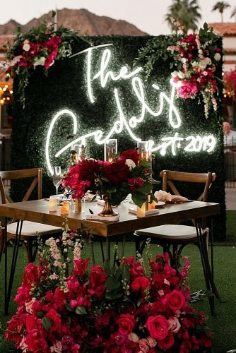 wedding ideas for summer wedding reception neon sign