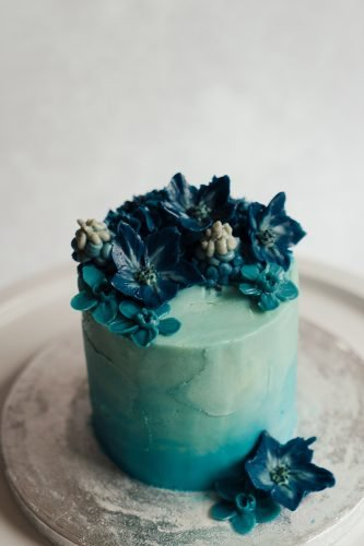 wedding trends denim themed wedding cake