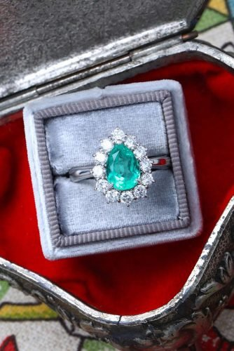 halo engagement rings pear cut gemstone vintage