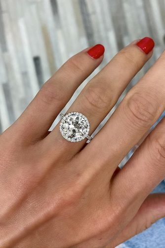 halo engagement rings round cut diamonds white gold