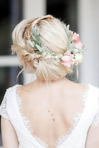 wedding updos simple blonde messy with flower and greenery crown anja_schneemann_photography