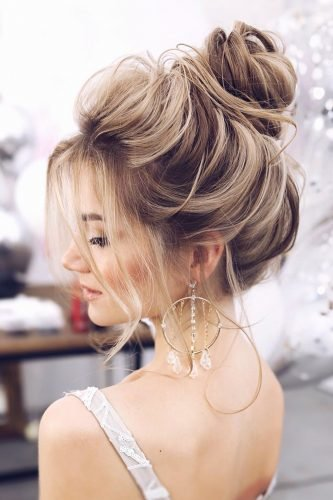 wedding updos textured high ballet bun on blonde hair tonyastylist