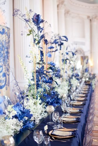 classic blue wedding table with white flowers and candles artsizepl