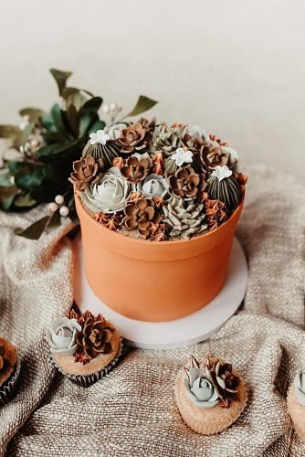 fall wedding cakes cake with succulent decoration