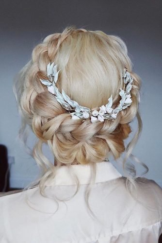 pinterest wedding hairstyles blonde flower crown with loose curls lisaalgerhair