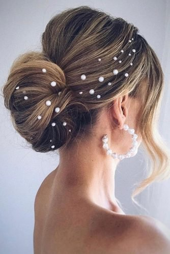 pinterest wedding hairstyles low bun with pearls polishedstylejustine