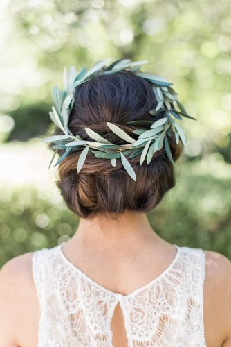 wedding hairstyles for curly hair greenery halo chignon nathaliecheng