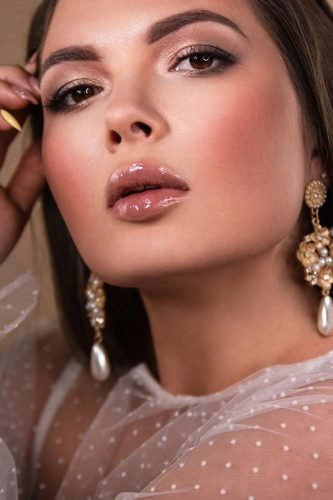 wedding makeup looks gloss nude lips natural eyes makeup juliafratichelli.bridalstylist