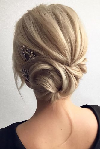 wedding updos for medium hair side swept bun tonyastylist