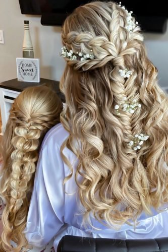 boho wedding hairstyles on long blonde hair soft waves with braids and baby breath samirasjewelry