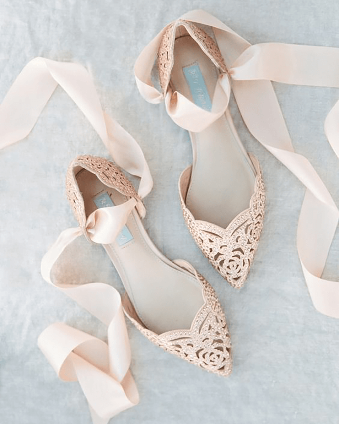 Comfortable wedding shoes by Dressy Group