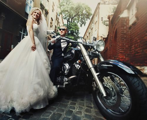 modern rock wedding songs newlyweds with bike
