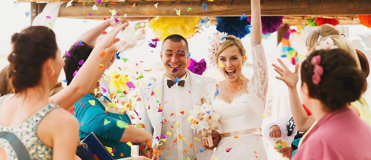 wedding party entrances ideas confetti tossing entrance featured