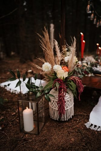forest wedding styled shoots boho vase with pampas grass fotografie danielaebner
