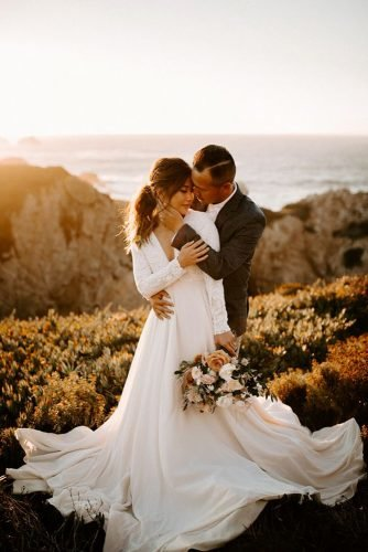 wedding photography trends first look groom and bride on the sunset dawncharles